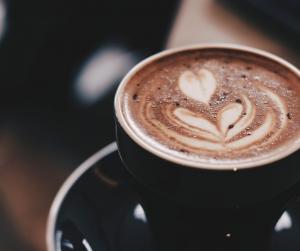 Ga je van koffie harder fietsen?
