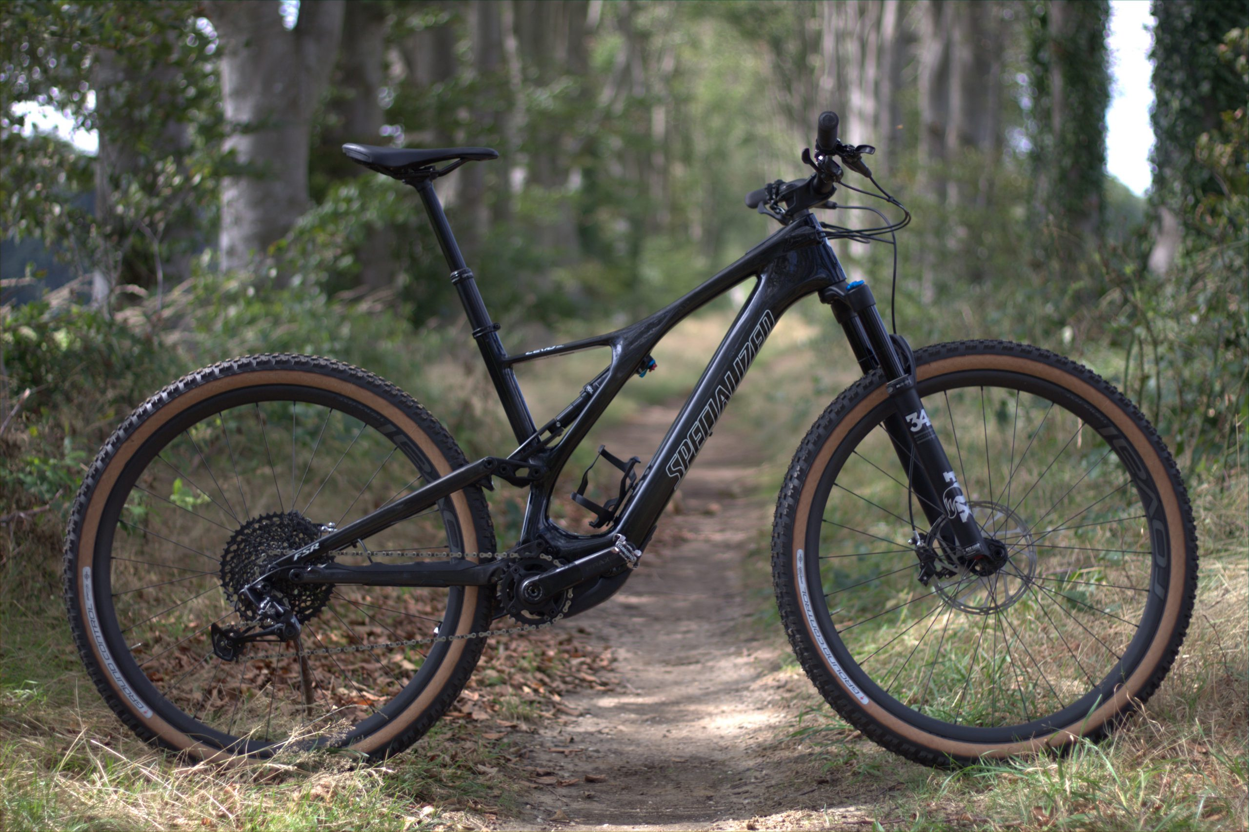 Review: Specialized Turbo Levo SL Expert Carbon